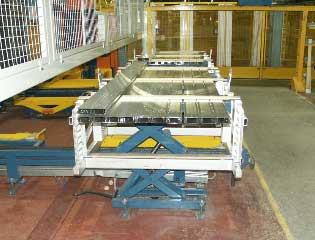 aluminium extrusion packing handling hyraulic lifter